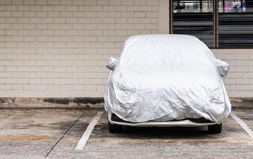 การดูแลรถยนต์สีขาว