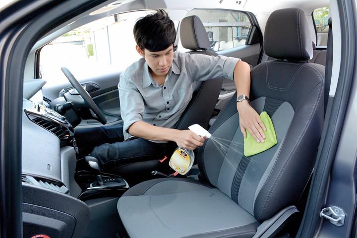 การดูแลเบาะรถยนต์