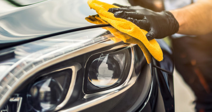 การล้างรถยนต์ด้วยตนเอง