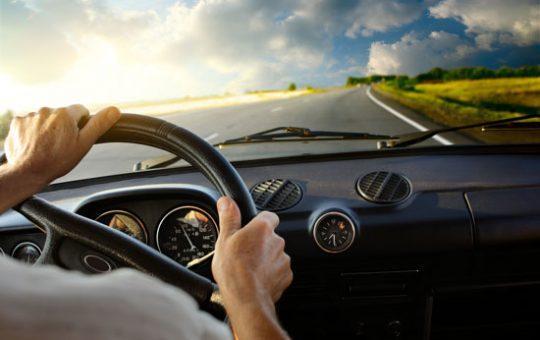 สิ่งที่ควรทำก่อนที่จะทำการขับขี่รถยนต์